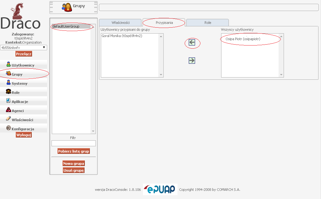 Wybranie z menu Grupy, następnie deafultUserGroup i wybranie opcji przypisania, po tym przenieść użytkownika do Użytkownicy przypisani do grupy
